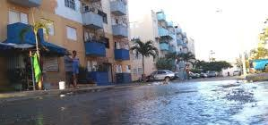 Calle inundada por las lluvias.