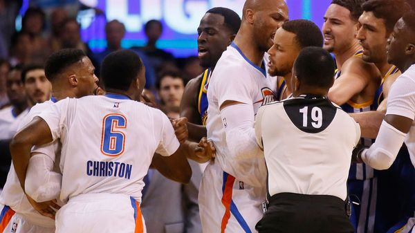 Stephen Curry se peleó con Christon y Westbrook en el triunfo de Golden State sobre Oklahoma