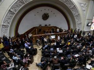 Asamblea de Venezuela conoció resolución contra Tribunal Supremo de Justicia.