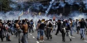 Ciudadanos que participan en manifestaciones en Venezuela.
