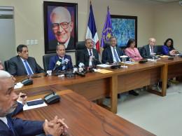 El presidente Danilo Medina y Leonel Fernández encabezaron reunión del Comité Político.