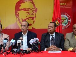 Federico Antún Batlle acompañado de dirigentes del PRSC.