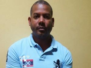 fesor Pedro Familia María, acusado de abusar de menores en Salcedo.