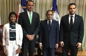 Directivos de Anje visitaron al presidente de la Suprema, Mariano Germán.