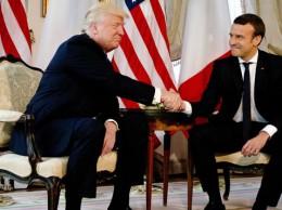 Donald Trump y Emmanuel Macron reunidos en Bruselas.