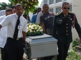 Coronel Rafael Collado Ureña durante el entierro del coronel González González, vinculado a la red de José Figueroa Agosto.