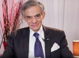 José José confirma que padece cáncer de páncreas.