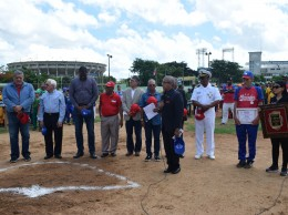 La Liga Deportiva Mercedes, inaugura el Cuarenta y Nueve Torneo Interino de Béisbol.