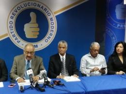 Leonardo Faña ratifica denuncia contra José Ramón Peralta.