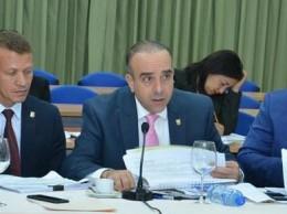Miembros de la comisión bicameral que estudia proyectos de ley de partidos.
