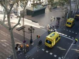 Autoridades españolas asumieron el control del área del atentado.
