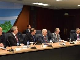 Representantes del Banco Central y de Asociación de Bancos sobre ley de activos.