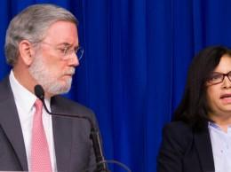 Roberto Rodríguez Marchena y Maira Jiménez, directora de Banca Solidaria.