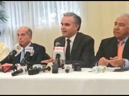 Dirigentes de la oposición piden diálogo sobre leyes.