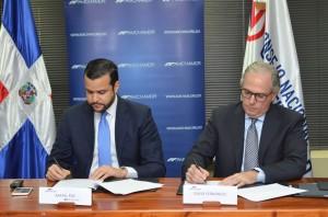 Rafael Paz, director ejecutivo de Competitividad, y David Fernández, presidente de Cámara Americana.