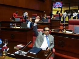 Senadores enviaron a comisión el Presupuesto de 2018.