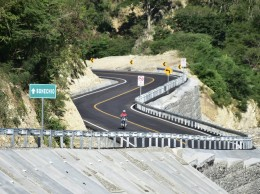 Carretera inaugurada por Danilo Medina en Azua.