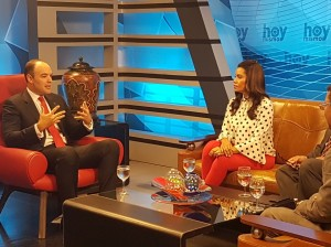 José del Castillo Saviñon entrevistado en un programa de televisión.