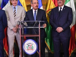 Expresidente Zapatero, presidente Danilo Medina y canciller Miguel Vargas
