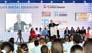 El presidente Danilo Medina habla en lanzamiento de República Digital.