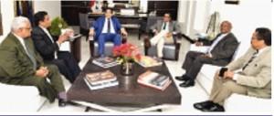 Suplentes de miembros de la JCE reunidos con Rubén Maldonado.