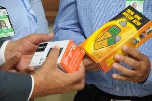 Equipos digitales entregados por Salud Pública.