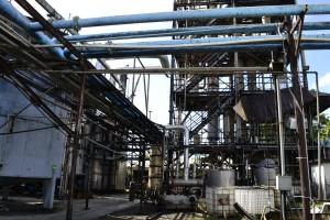 Destilería cerrada por Medio Ambiente en Puerto Plata.