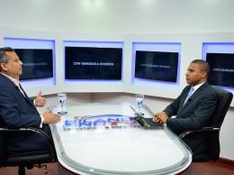 Fidel Santana entrevistado por Vargavila Riverón.
